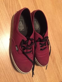 Pair of burgundy vans low top sneakers Brampton, L6V