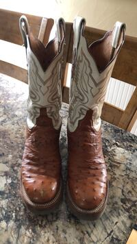 pair of brown leather cowboy boots 1772 mi