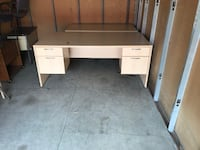 Desk With Double Pedestal Box/Lockable Drawer! Mississauga