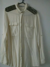 white button-up long-sleeved shirt Toronto, M1B 1W5