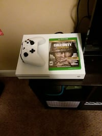 Xbox 1 s with games and accessories  Fairfield, 45014