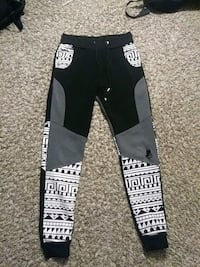 SweatPants (Large) Moreno Valley, 92557