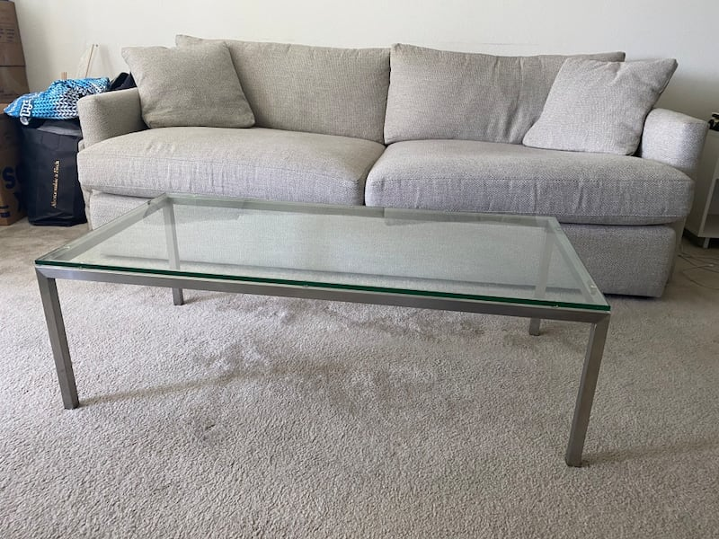 Glass coffee table with metal / stainless steel base 2b35daa9-1b97-45f1-99a7-4529b63e3e2d