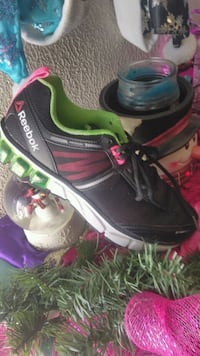 Women shoes sz10 San Angelo, 76903