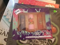 pink and white Barbie doll box 3872 km