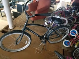 black and gray cruiser bike