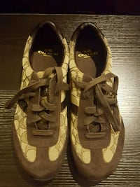 Coach Shoes  Springfield, 22153