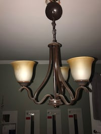 Chandelier (like new) Annapolis, 21409