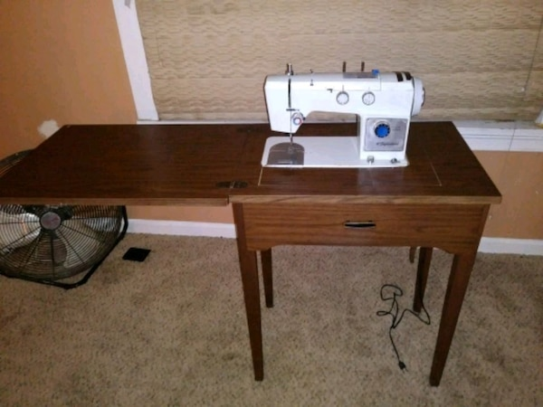 Wards Signature Heavy Duty Sewing Machine