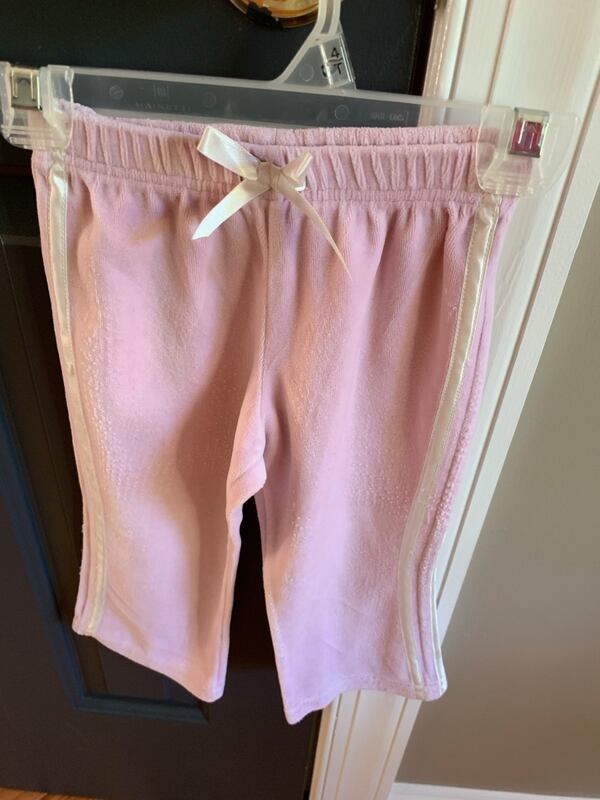 Girl size 24 months top and pant  e3c7611d-30d5-4d25-9a6f-3946fadf0f87