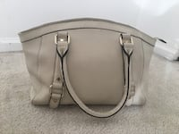 Danier Leather Handbag  Vancouver, V6Z 1P5