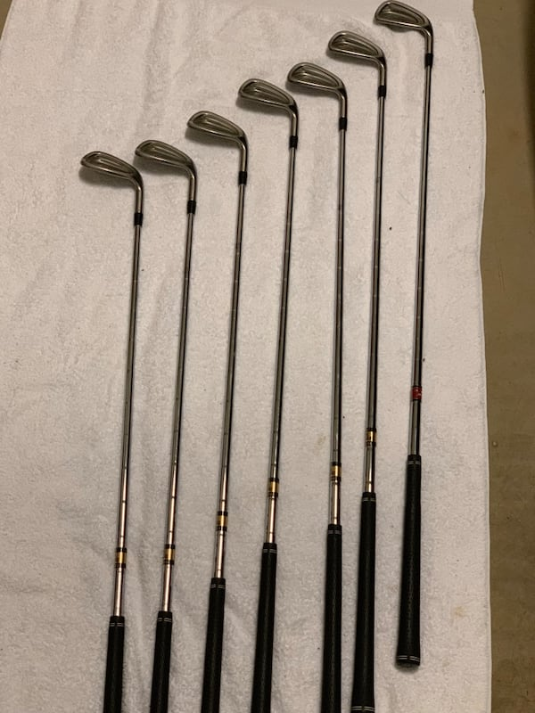 Titleist 981 Irons.  09d9f88f-5fb4-483b-81cc-c182174dad67