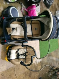 Stroller and carseat oshkosh brand negotiable Eastvale, 91752
