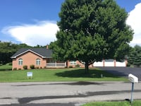 HOUSE For sale 4+BR 3BA Falling Waters
