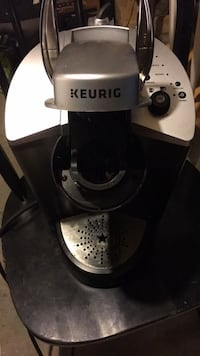 black and gray Keurig coffeemaker Dundas, L9H 2C1