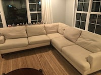 Havertys sectional couch  Virginia Beach, 23451