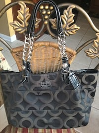 Cute COACH purse in great condition nice size Lincoln, 95648