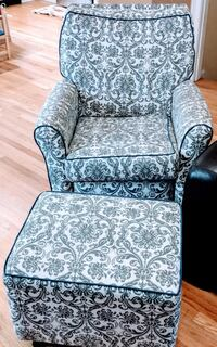 Gray and black floral sofa chair Waltham, 02453