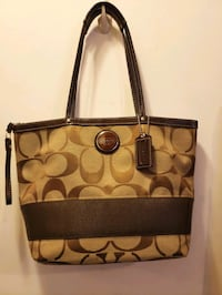 brown and black Coach leather tote bag New York, 10029
