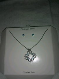 silver chain necklace with heart pendant Santa Fe, 87507