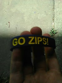 teal and yellow Go Zips print sports band