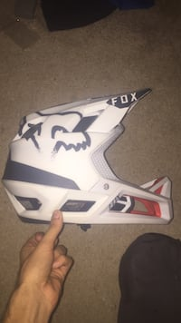Fox Dirt bike Helmet  Coquitlam, V3J 2T9