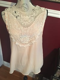 Forever21 ladies top size small  Oakville, L6H 1Y5