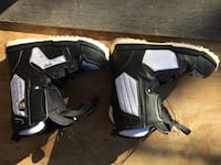 Solomon snowboard boots.  Still with new smell Las Vegas, 89147