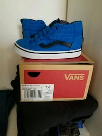 pair of blue Vans low-top sneakers with box Simpsonville, 29680