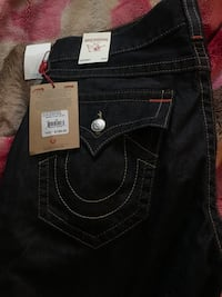 True religion jeans size 34 brand new payed over 200 with taxes  Abbotsford, V2T 5L2
