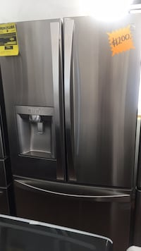 stainless steel french door refrigerator Vincent, 91702
