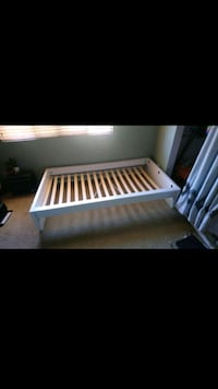 Clean twin size bed frame San Marcos, 92069