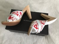 Like New Authentic Burberry Heels Sz 7.5 (38) North Vancouver, V7L 2L7