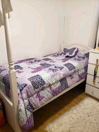 SPECIAL OFFER bed for girls Laval, H7X
