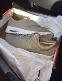 Dead stock Nike air max theas Nude/beige Kylie Jenner edition Freeport, 77541
