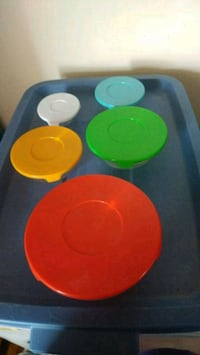 Glass Nesting Bowls With Lids Ottawa, K2E 7B4