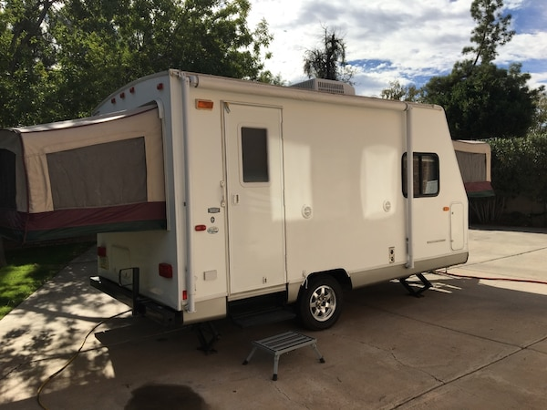 Used 2009 Forest River Cherokee Hybrid Camper for sale in ...