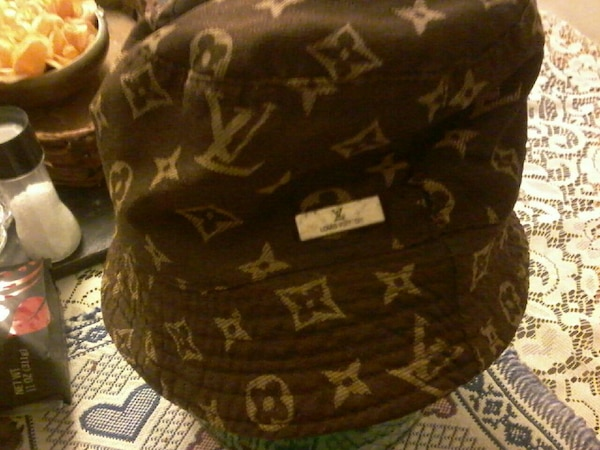 5b87a536b14 Used black Louis Vuitton bucket hat for sale in Columbia - letgo