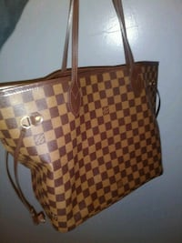 brown and red checkered leather tote bag Los Angeles, 91303