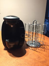 Tassimo coffeemaker with stand for pods  Montréal, H9J 1W1