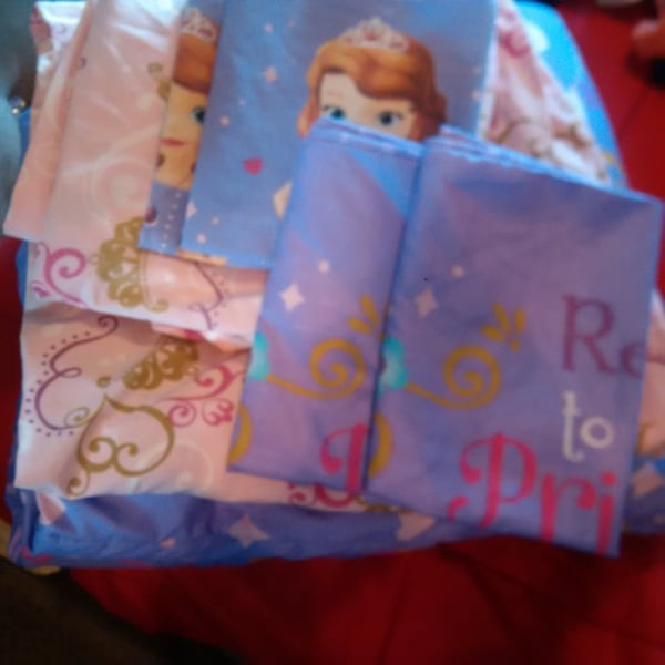 Sofia The First Complete Full size Bedding Set with extras!