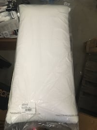 King size latex pillow- beautyrest Lake Havasu City, 86403