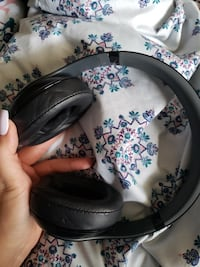 Dre beats studio headphones  Oakville, L6M