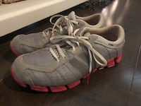 Adidas runners ~ women's size 10 ~ adorable grey/coral Surrey, V3S 4P4
