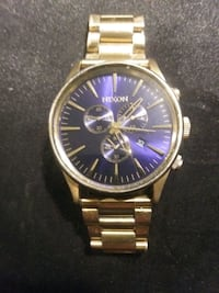 round gold analog watch with link bracelet Edmonton, T5L 1G5