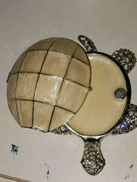 round brown wooden wall decor London, N6J 4G1