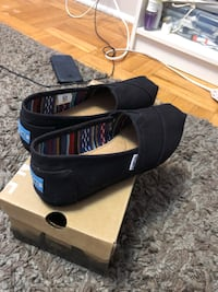 Brand New Toms Shoes