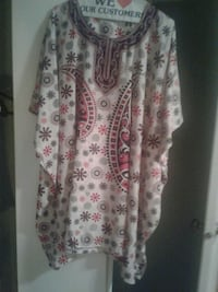 Size large African loose blouse great for the summ