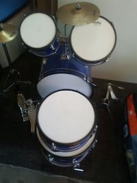 blue and white drum set Perris, 92571