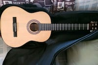Espana model CP guitar,  used 2 times.  Case   Middleburg, 20117